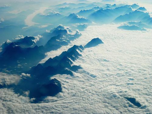 Widoczek chyba Alp z samolotu #KretaCreteGreece