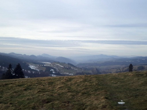 Pieniny i Lubań z Przełęczy Rozdziela #góry #beskidy #BeskidSądecki #RuskiWierch #obidza #rozdziela #BiałaWoda