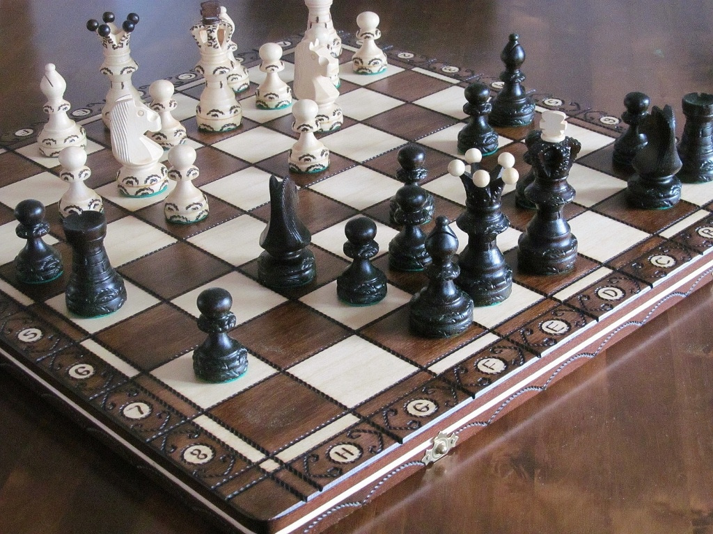 Brand new hand crafted ambassador wooden chess set 54cm x for Hand crafted chess set