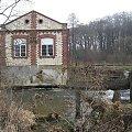 Eletrownia wodna na rzece Wieprz w Michalowie, widok od rzeki #Michalów #ElektrowniaWodna #Wieprz