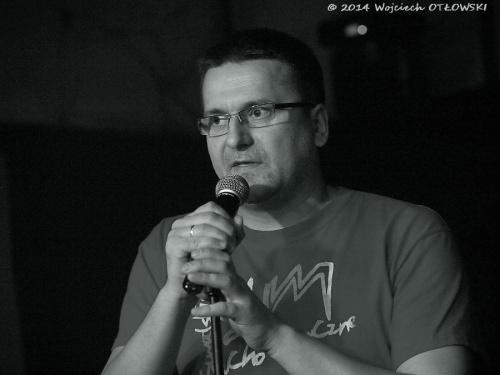 Marcin Siejda zapowiada koncert zespołu Roże Europy w ramach SUM #koncert #muzyka #rock #RożeEuropy #SuwalskieUchoMuzyczne #SiejdaMarcin