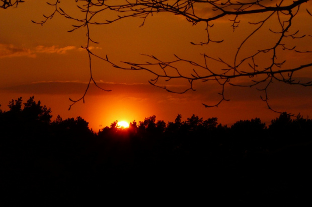 ... już zachodzi wiosenne słoneczko ... #ZachódSłońca