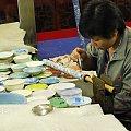 Cloisonne - potem dołki wypełnia kolorową masą #Chiny