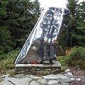 Pomnik ofiar katastrofy samolotu PLL LOT na Policy w 1969 r. #góry #beskidy #BeskidŻywiecki #PasmoPolicy #polica #HalaKrupowa